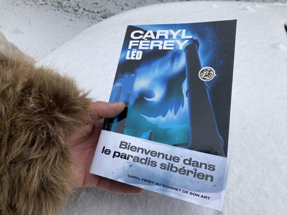 LËD de Caryl Férey aux éditions Equinox-Les Arènes