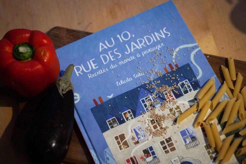 AU 10, RUE DES JARDINS, Félicita Sala, éditions Cambourakis
